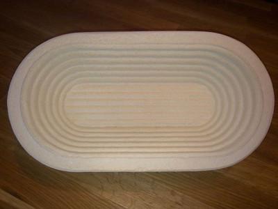 Gärkorb Gärkörbchen Holzschliff für 0,5 kg Brote lang oval mit Rillenmuster, inkl. Info