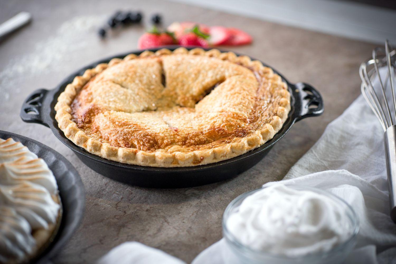 Backform Tortenpfanne Auflaufform Gusseisen Camp Chef Pie Pan aus Gusseisen rund 25 cm