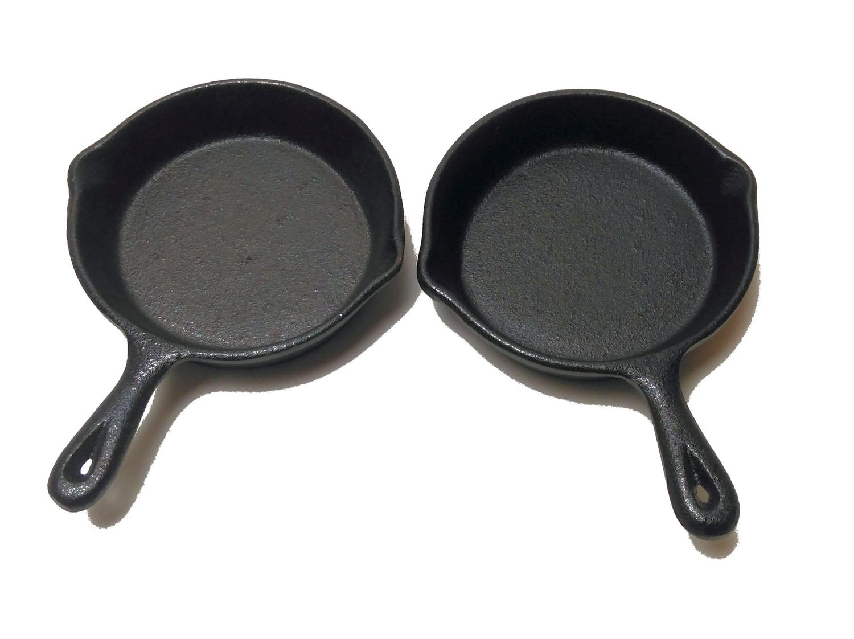 Guss-Mini-Pfannen 2er Set 11 cm ideal als Tapaspfanne, Portionspfanne oder Servierpfanne
