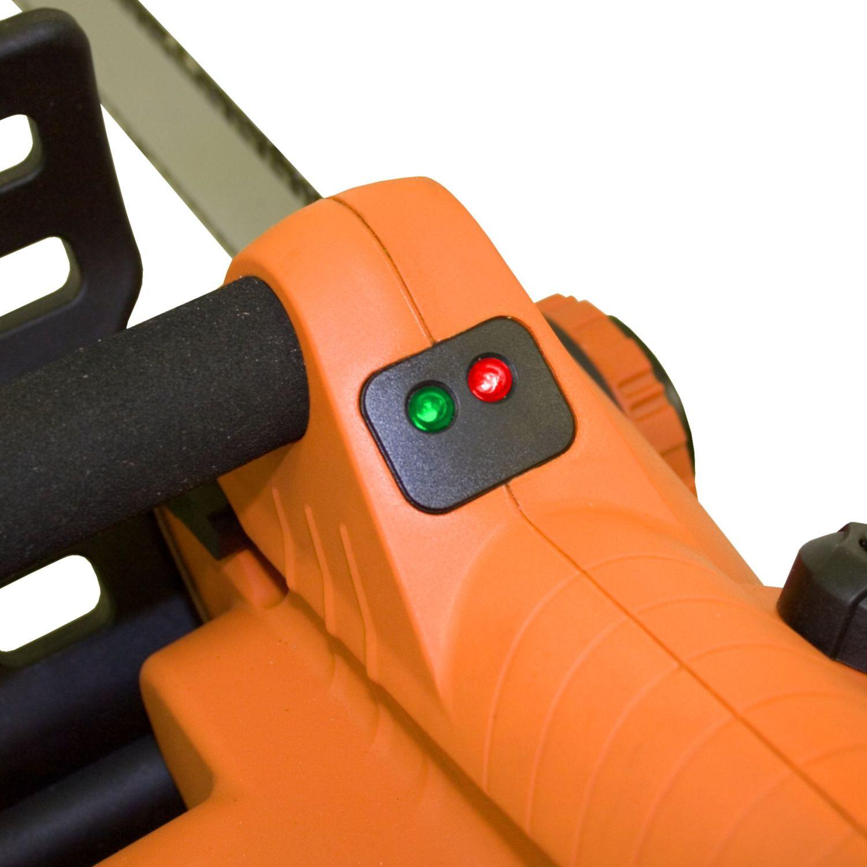 ATIKA Elektro-Kettensäge KS 2002/40 ist die handliche und kraftvolle Kettensäge für die mühelose Brennholzaufbereitung