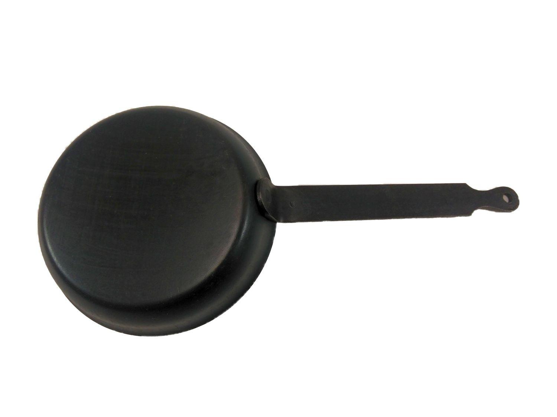 Helmensdorfer Zwiebel- Butterpfännchen Eisenpfanne 12 cm für alle Herdarten, Grills, offenem Feuer und Backöfen geeignet